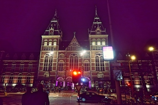 Rijksmuseum back view